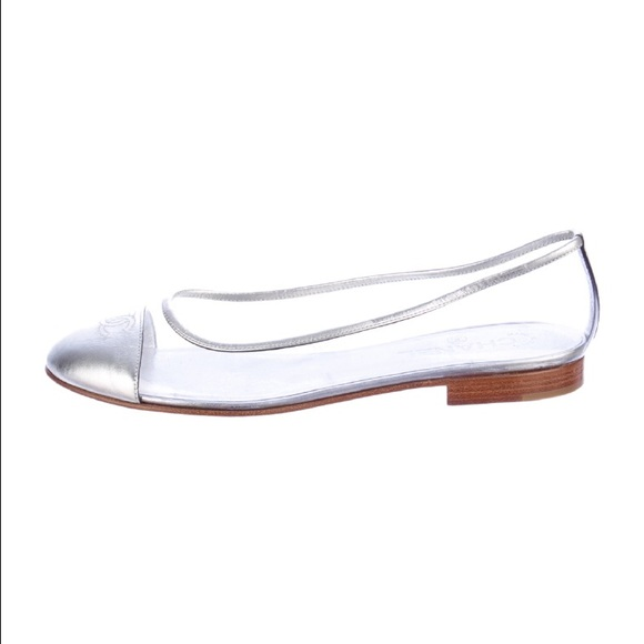 Free shipping on women's ballet flats at tanzaniasafarisorvicos.ga Shop ballet flats for women from the best brands including Tory Burch, Sam Edelman, Valentino and more. Totally free shipping & returns.