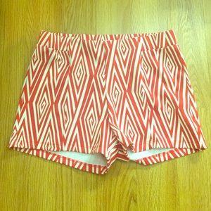 Stretchy High Waisted Diamond Pattern Shorts