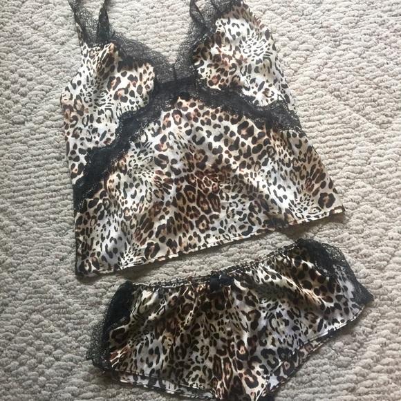 afa801e33 NWOT Satin   lace leopard VS lingerie sleep set