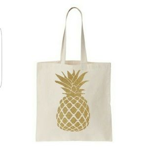 Handbags - Gold pineapple totes bag. 5 identical. All new