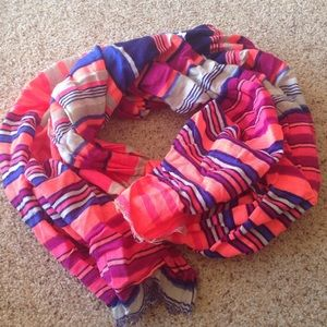 Bright Gap scarf