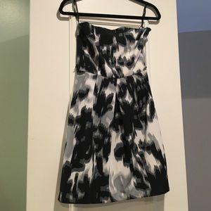 Jump Girl Dresses & Skirts - Strapless Dress