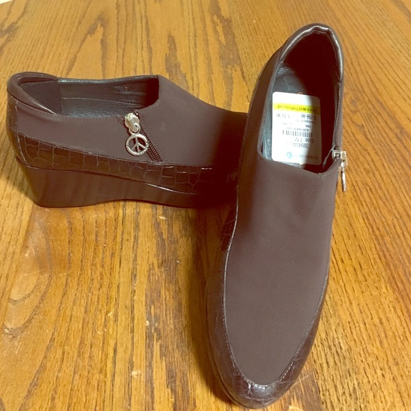 f413d9584812 Donald J. Pliner Shoes - Donald Pliner Peace Side Zip Leather Nylon Wedge