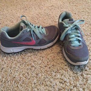Women's Nike Revolution shoes!!