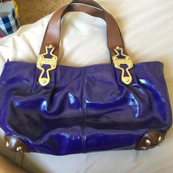 Purple patent leather michael kors bag. M 577305b22ba50a47c30377ca 2421194b0