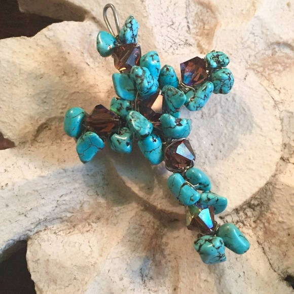 Jewelry - Handmade Turquoise Beaded Cross Pendant