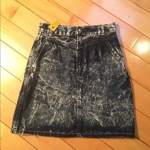 Vintage acid wash high waisted skirt