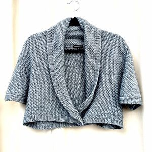 Sweaters - Cropped knit sweater