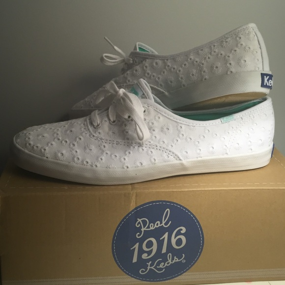 06491f4545c56 NEW with Original Box Champion White Eyelet Keds
