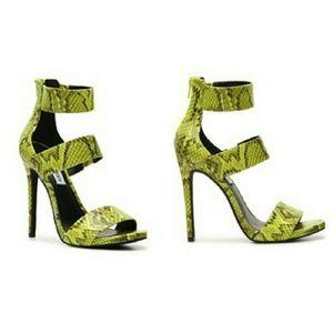 4eb4fed1d65 Steve Madden neon snake heels NWT