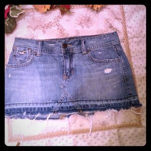 Hollister Dresses & Skirts - HOLLISTER JEAN MINI SKIRT SZ 1 Gold Stitching