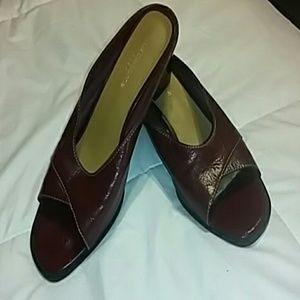 Liz Claiborne Flex shoes