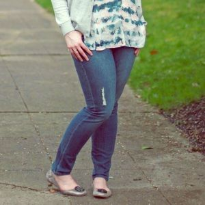 CAbi Denim - Cabi Destructured Curvy Skinny