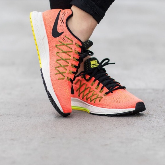732a2e9662be NEW Nike air zoom pegasus 32 size 5. M 57740f8bc6c7956573007760