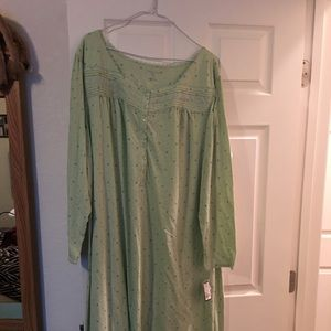 Other - Brand-new plus size 3X long nightgown