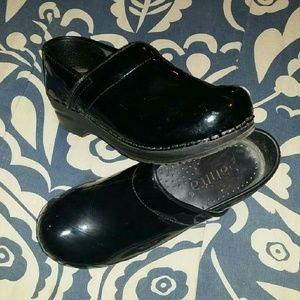 Shoes - Women's Sanita shoes