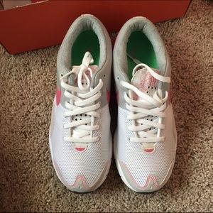 Nike Shoes - Nike Women s Air Zoom Hayward + 3 413ab4e62d