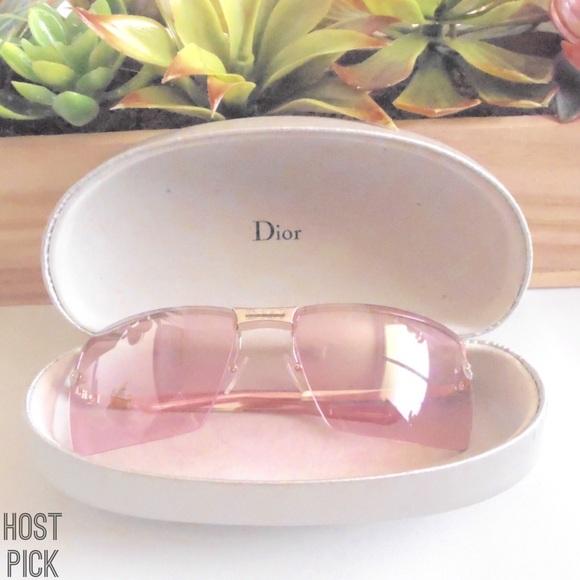 26bab22805eeb Dior Accessories - 🌴HP🌴Christian Dior Adiorable 2 L Sunglasses
