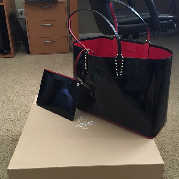 Cabata patent-leather tote Christian Louboutin MD8I9Yw