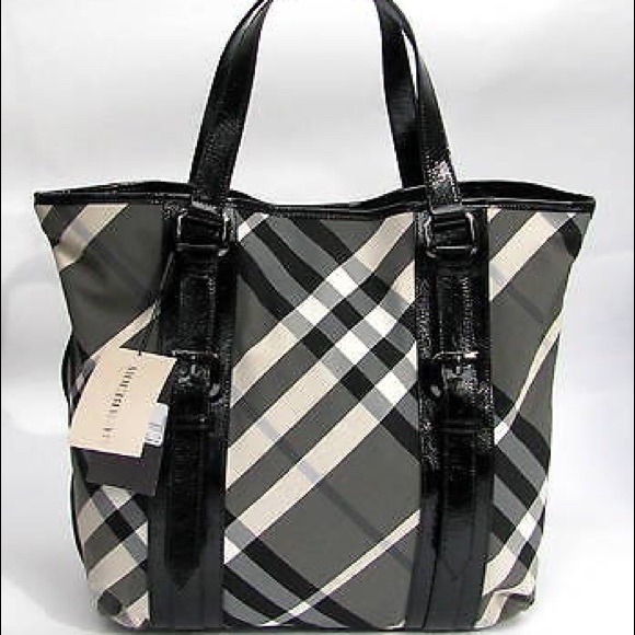 Burberry Handbags - 💯 ORIGINAL Burberry VICTORIA BEAT CHECK Tote Bag c7a312058ed15