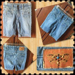 Jean Bermuda Shorts ~ B-6