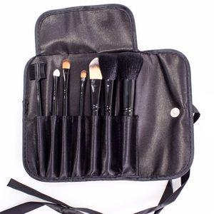 Other - NEW 7pc makeup brush set & Case! Pro size not mini