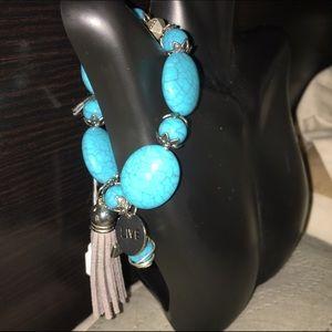  Turquoise howlite beaded charm bracelet