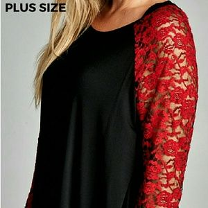 SALE - 1X only left! Black tee w Red Lace Sleeve
