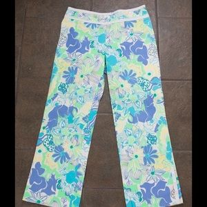 Pants - 💙Uniquely designed floral cropped pants💙