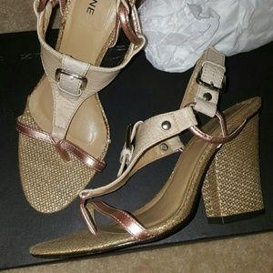L.A.M.B. Shoes - UNIQUE MULTI COLORED chunky Heels Sandals