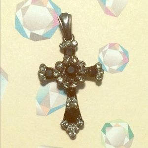 Jewelry - Black onyx cross pendant