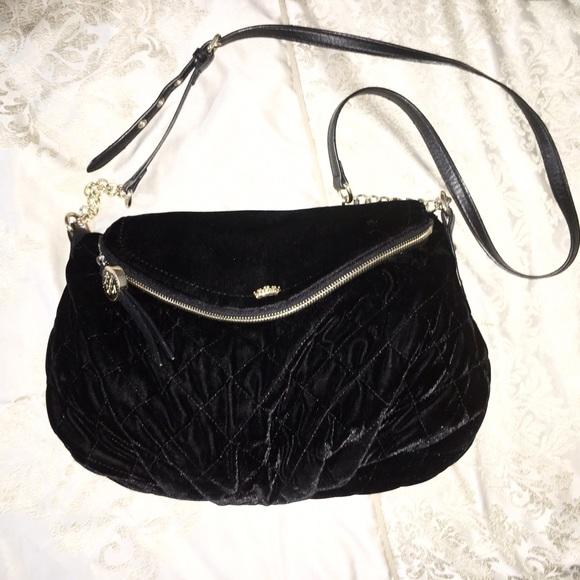 b762ebaa34 Juicy Couture Handbags - Juicy couture quilted velvet cross body bag