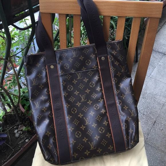 a13ac6fc1f30 ... bag limited edition Louis vuitton cabas beaubourg ...