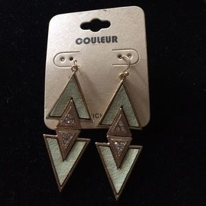 Couleur Jewelry - Fun 1980s style fashion earrings