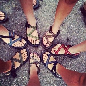 Looking for chacos!!!!!