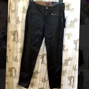 NWT Not Your Daughters Jeans Legging