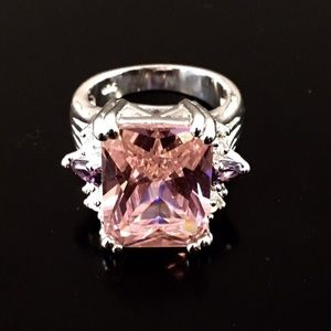 Jewelry - Sterling Silver Pink CZ Cocktail Ring 7