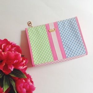 {Vineyard Vines} 🌿 Gingham Multicolor Clutch