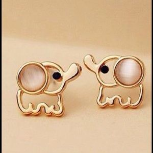 Adorable Elephant Earrings