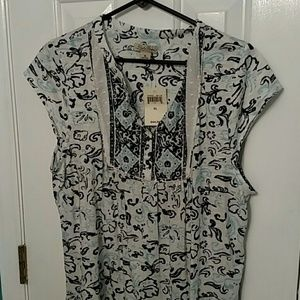 Lucky Brand Tops - Lucky brand t Final Price