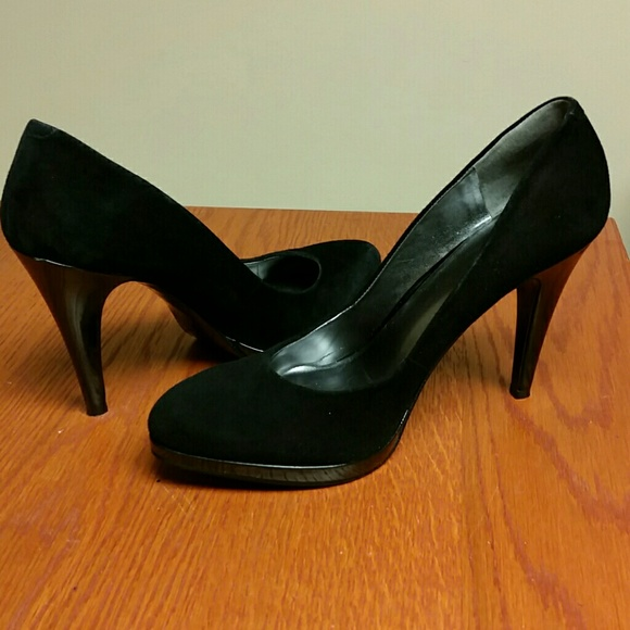 ... Nine West  Rocha  Pump Black Suede. M 577575b65c12f823a40232e8 68e4c0c75