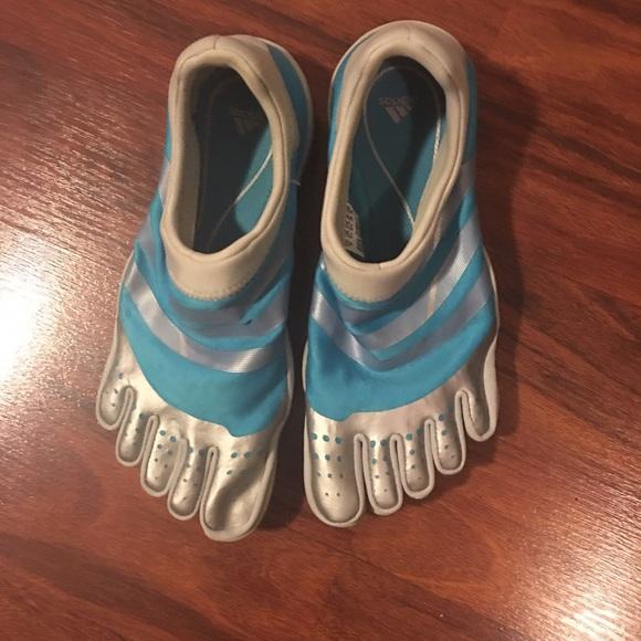 Le adidas adipure ortopedia poshmark