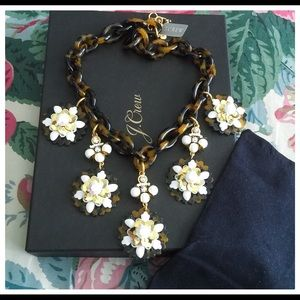 NWT, JCrew Tortoise Flower Statement Necklace 