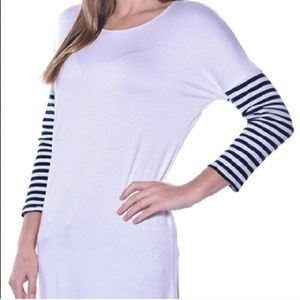 Pastels Clothing Tops - 💥3 Left💥Pastels Striped Sleeve Tunic