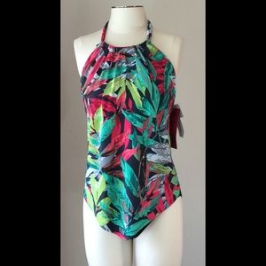 Magicsuit Other - 🎉HP🎉 NWT flowy halter tankini by Magic Suit