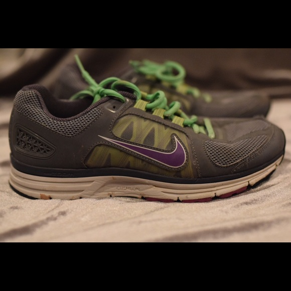 Nike Shoes | Nike Zoom Vomero 7 With