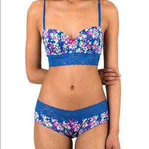 3d4cebf52d Caramel Cantina Intimates   Sleepwear - NWT Caramell Cantina Bra   Panty Set  Size ...