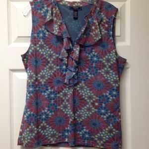 Sleeveless top in Red, Blues, and White!