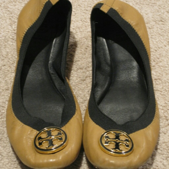5b3be5392c9c Tory Burch Caroline Nude Ballet Flats Size 9.5. M 5775de73c6c7955342017d79.  Other Shoes ...