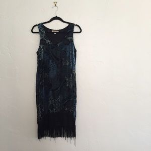 Black Swan Dresses & Skirts - Textured Floral Flapper Fringe Dress